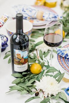 Who doesn't love an Italian inspired dinner party? Enjoy this classic wine from Italy's Wild West. Interested in serving Martha's personally selected menu of wines? Visit @MarthaWineCo!  📷: @meganpatty_