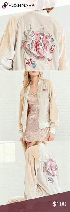 UO mermaid embroidered velvet bomber jacket New with tags  Urban Outfitters Silence + Noise Two-tone cream / peach embroidered velvet  bomber jacket for a one-of-a-kind vtg vibe.  The most gorgeous embroidered Mermaid at back in  pastel tones: blush, baby pink, powder blue & gold.  Slouchy oversized fit, stretch-knit hems, finished with gold zip-up front and side pockets.  No trades 20% off bundles   UrbanOutfitters velvety bomber boxy coat jacket windbreaker free people anthropologie…