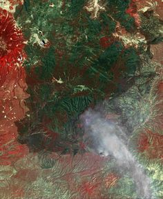 ERSDAC/JAROS, and U.S./Japan ASTER Science Team)  | ... Spacecraft Monitors Continuing Burn of Arizona's Largest-Ever Wildfire