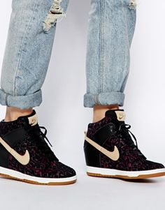 Image 4 of Nike Dunk Sky High Printed Trainers