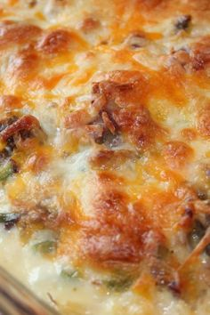 Happy New Year + Meat and Potato Egg Casserole Mix all these ingredients together and bake for a hearty and delicious meal Beef Casserole Recipes, Casserole Dishes, Meat Recipes, Mexican Food Recipes, Cooking Recipes, Easy Mexican Casserole, Breakfast Casserole, Tostadas, Hamburgers
