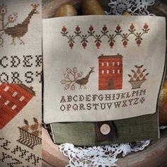 Autumn Sampler Pouch / Primitve cross stitch pattern / PDF