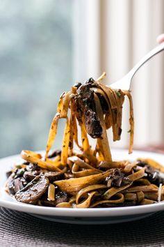 Balsamic Mushroom Pasta by girlgonegourmet #Pasta#Mushroom #Balsamic