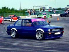 #fenderflares@carbonpixels BMW E30 fender flares. #auto #automotive #carbonpixels #cars #drifting #drift  #driftlife #drive2 #fenders #fenderflares #follow #jdm #jdmflares #low #lowcar #lowlife #overfenders #racecar #smotra #tuning #wideflares #zgflares