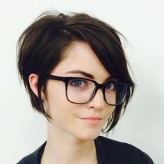 Women love to have long hair, but maintaining it can be quite an uphill task. That's where a long pixie cut comes in handy. This is a chic easy-maintenance