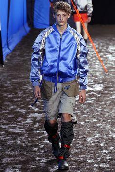 Hunter Original Spring 2016 Ready-to-Wear Fashion Show