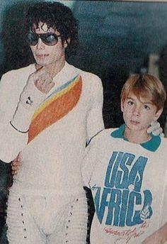 Rare captain Eo/ MJ photo