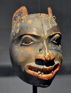 Tlingit bear mask