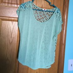 One Clothing Shirt Cute shirt with detailed sheer backing! Great condition one clothing Tops