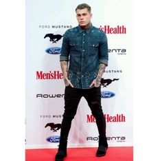 Stephen James at Men's Health awards. 2015 influencer of the year.