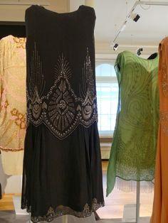 Black Silk Chiffon Dress c1926-8 Egyptian-influenced decoration of bold Art Deco motifs. Weight: 268g. The Snail Garden: Dazzle
