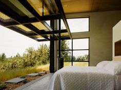 Sonoma Wine Country I Modern Home in Healdsburg, California by… on Dwell Used Garage Doors, Garage Door Windows, Windows And Doors, Tiny House, Modern Residential Architecture, Industrial Architecture, Architecture Interiors, Architecture Photo, Sonoma Wine Country