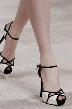 The shoes i want!!! Ralph Lauren 2013