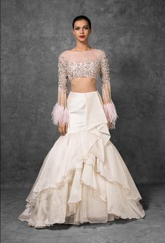 Manish Malhotra just revealed his LEHENGA PRICES and I have all the New Manish Malhotra Bridal Lehenga Prices right here for you. From feather lehengas, to ruffles, bridal wear and much more. Manish Malhotra Bridal Lehenga, Indian Bridal Lehenga, Indian Gowns, Lehenga Choli, Anarkali, Sabyasachi, Indian Wear, Indian Wedding Outfits, Bridal Outfits
