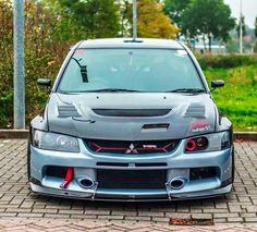 Mitsubishi Lancer Evolution 9 mr