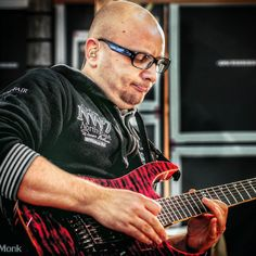 Marco Sfogli's guitar in action... With the aid of Marco Sfogli...