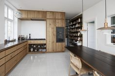 Frederiksberg - Snedkeriet KBH Grey Countertops, Kitchen Countertops, Kitchen Cabinets, Compact Kitchen, New Kitchen, Dinner Room, Mawa Design, Sweet Home, Unique Home Decor