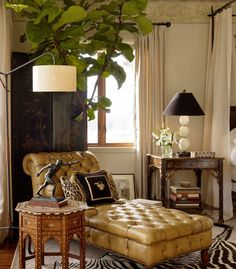 Home Furnishings: British Colonial corner with chaise longue. West Indies Decor, West Indies Style, British Colonial Decor, British Home Decor, Colonial Home Decor, Colonial India, Traditional Bedroom, My Living Room, My New Room