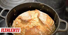 Uunilämmin pataleipä katoaa hetkessä parempiin suihin. Cornbread, Baking, Ethnic Recipes, Drinks, Food, Millet Bread, Drinking, Beverages, Bakken