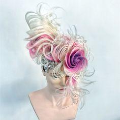 Unleash your inner creativity 💜💗❤️💛 (📸: College Hairstyles, Work Hairstyles, Creative Hairstyles, Wow Hair Products, Competition Hair, Dramatic Hair, Avant Garde Hair, Hair Arrange, Halloween Hair