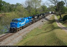 RailPictures.Net Photo: NS 8098 Norfolk Southern GE ES44AC at Macon, Georgia by Bryan George