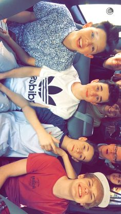 I see their parents! I see Jacobs parents and the Rowland's