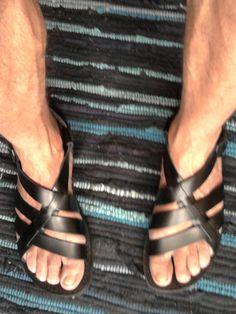 Mens Gladiator Sandals Italy (Web Site: www.it) - Men Sandals - Ideas of Men Sandals Socks And Sandals, Shoes Sandals, Gladiator Sandals, Leather Sandals, Pretty Sandals, Shoes 2015, Mens Boots Fashion, Mens Flip Flops, Fashion Sandals