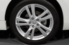 Экономичный и бюджетный Nissan Altima 2013–года