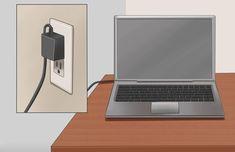 Ne vegyél új akkumulátort a laptopba, ha a régi elromlott. Van egy módszer, amitől a laptop akkumulátora újra működőképes lehet. A hűtőszekrény is segíthet ebben[...] Laptop, Neon, Laptops, The Notebook