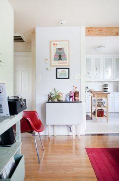 Chris Lynn's Sunny & Simple Austin Abode House Tour | Apartment Therapy