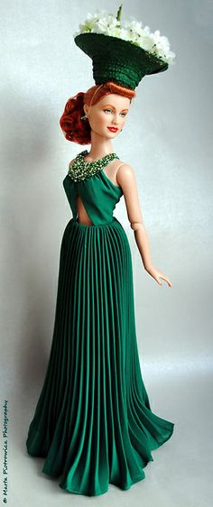 "The Studio Commissary: Don't forget Tonner's gorgeous ""Emerald City Elegance"" (pic)"