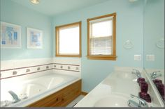 #bathroom #165Abuffellhead #duck #outerbanksrealestate #outerbanks #homedecor #beachouse