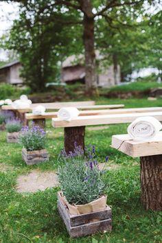 Lavender ceremony flowers | Image by Eline Jacobine