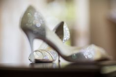 Wedding shoes  Photography by mkphoto.com