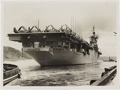 General Motors, Navy Carriers, Royal Australian Navy, Navy Aircraft Carrier, Naval History, Military History, Us Navy Ships, Flight Deck, United States Navy
