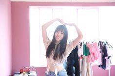 Gfriend Yuju, G Friend, Girl Group, Kpop, Crop Tops, Pictures, Beauty, Rainbow, Women