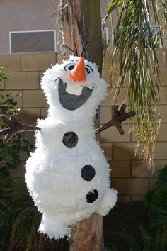 Olaf The Snowman / Disney Frozen Custom Made  by angelaspinatas,  www.facebook.com/angelaspinatas