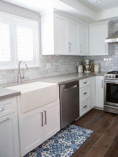 Supreme Kitchen Remodeling Choosing Your New Kitchen Countertops Ideas. Mind Blowing Kitchen Remodeling Choosing Your New Kitchen Countertops Ideas. Diy Kitchen Remodel, Kitchen Redo, New Kitchen, Kitchen Backsplash, Backsplash Design, Kitchen Ideas, Tile Design, Country Kitchen, Kitchen Rustic
