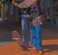 Grunge Aesthetic Indie, Retro Aesthetic, Skater Girl Outfits, Skater Girls, Indie Outfits, Retro Outfits, Photographie Indie, Indie Girl, Skate Style
