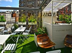 Harvey Nichol's (shop & very fancy rooftop) Pretend you're posh at Harvey Nichols' Cloudy Bay terrace. Diy Pergola, Pergola Canopy, Pergola Ideas, Pergola Kits, London Hotels, Cloudy Bay, Restaurants, Shade House, Restaurant Seating
