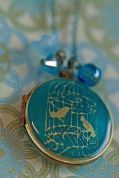 Birdcage locket