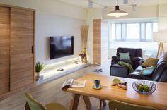 純粹舒壓 營造25坪的小清新 Tv Cabinets, Home Projects, Flat Screen, Blood Plasma, Flatscreen, House Projects, Plate Display