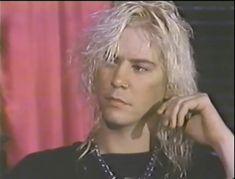 Axl Rose, Guns N Roses, Hair Metal Bands, Rose Music, Velvet Revolver, Duff Mckagan, Slash, Joan Jett, Music Photo
