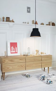 the wall panel - lamp - wood+white