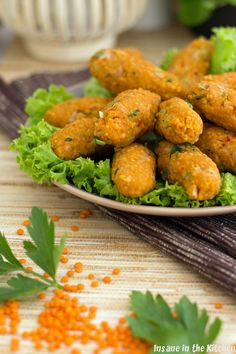 {Classic} Mercimek Köftesi ~ Red lentil meatballs - Insane in the Kitchen – the everyday madness between Börek and Köfte: {classic} Mercimek Köfte - Fish Recipes, Indian Food Recipes, Vegan Recipes, Vegetable Drinks, Vegetable Side Dishes, Healthy Eating Tips, Healthy Snacks, Clean Eating, Easy Cooking