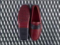 9fbc2eaa2096e Two Made in Italy icons team up for a unique collection. Discover  #TodsforFerrari Gommino driving shoes at tods.com