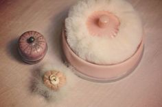 Vintage powder puffs...oh, the good life then!