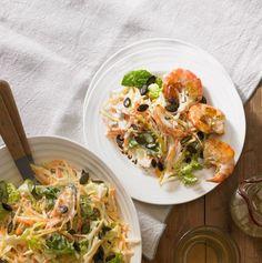 Sellerie, Karotte und Steckrübe umschmeichelt cremiges Dressing, das wir mit Ingwer aufgefrischt haben. Perfekt zu den Garnelen.