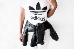 quality design 3bd60 2ab94 Outfits súper chic que puedes hacer con una playera Adidas