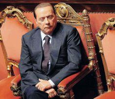 31/12/2010. Berlusconi, simbolo del governo del fare (una pennica).
